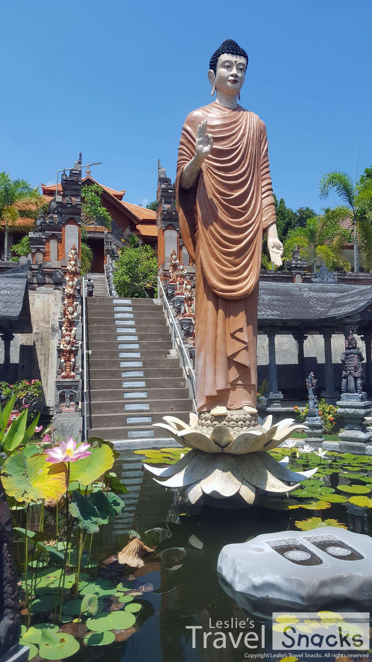 As soon as you enter, it's just gorgeous. Lotus pond with Buddha's footprints and a lot of Hindu style statues making it an interesting combination of cultures.