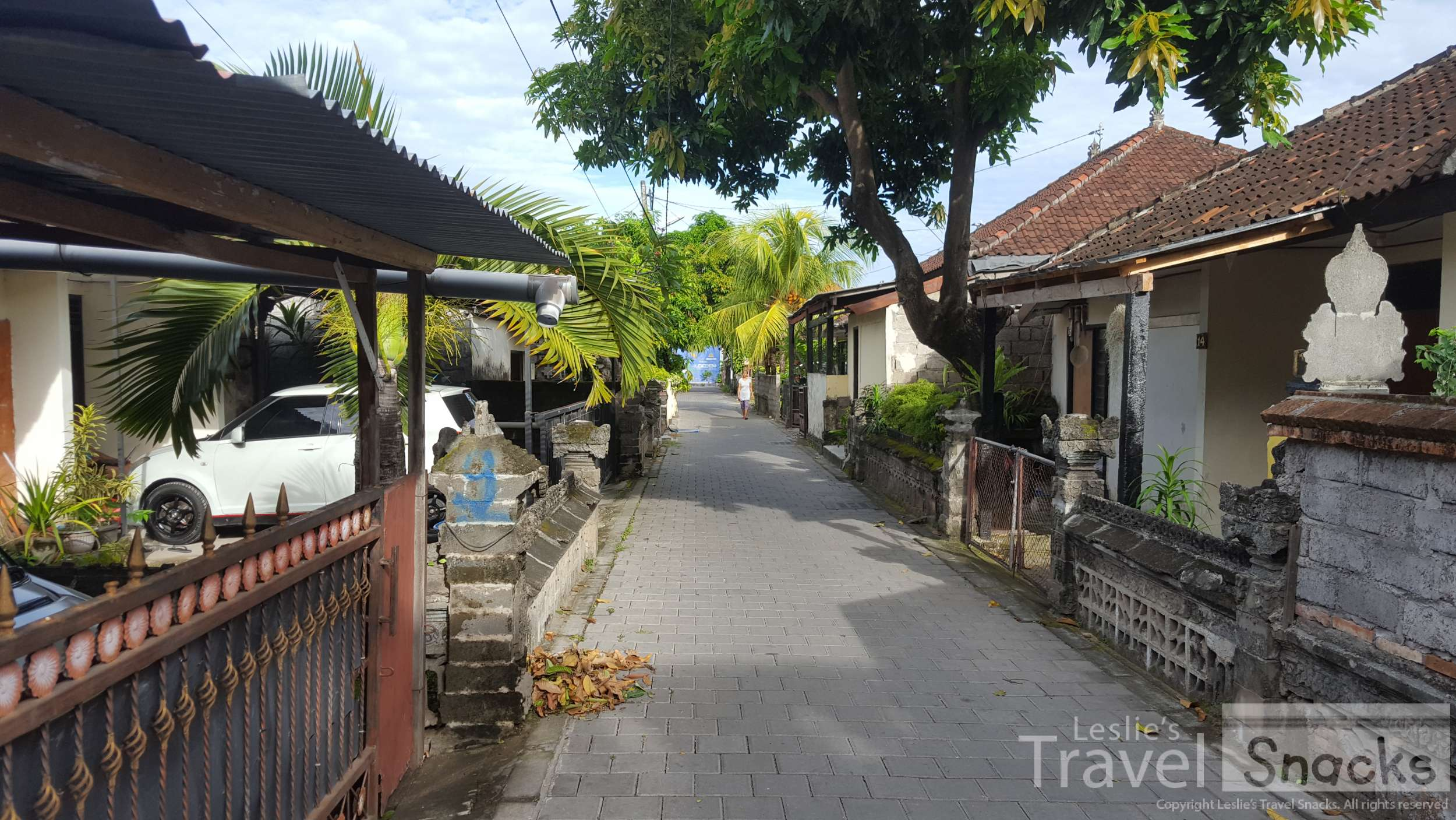 Even being just a couple of blocks from the international airport at Denpasar, the roads to walk there are this small!