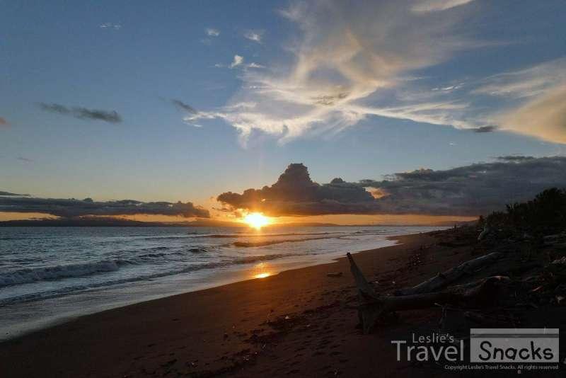 California Paradise Found Boardwalk Beach Sunset Seagulls Vibes Hoodies for Men