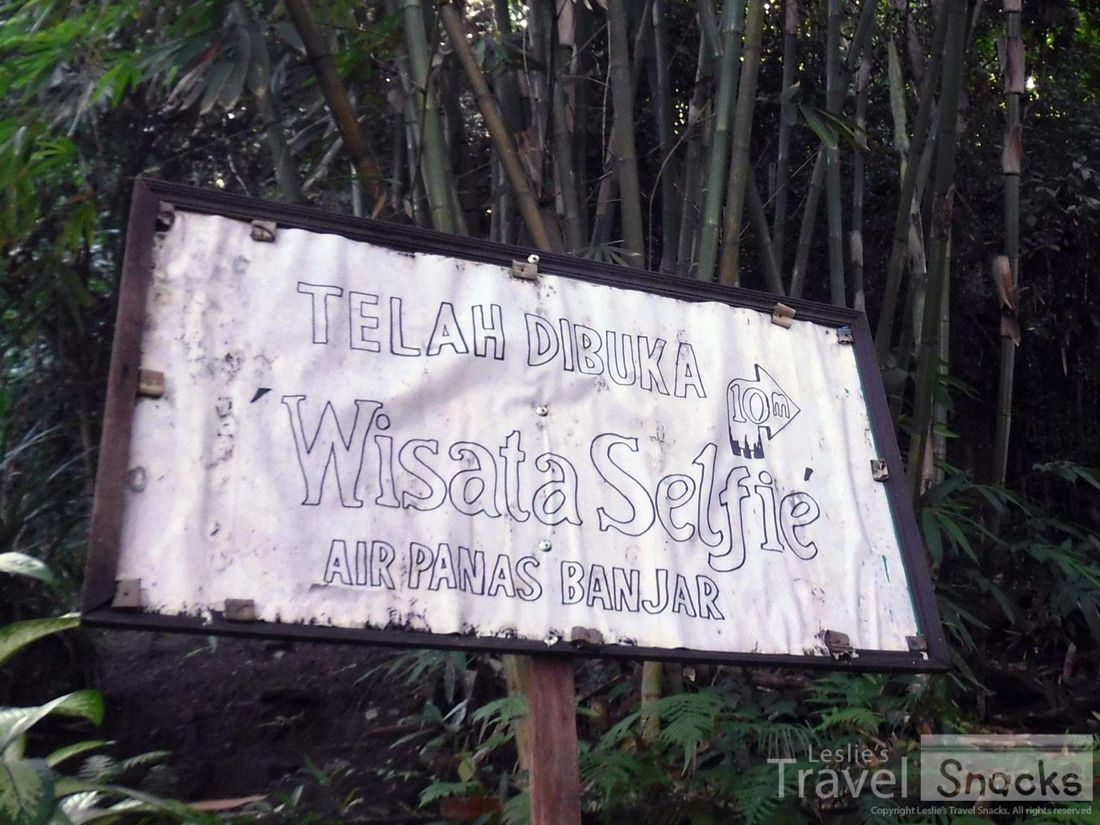 I'm still not sure what the Wisata Selfi is. It might be the garden on the hill?